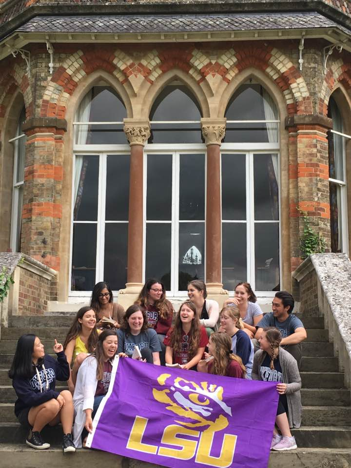 Students at St. Hilda's College, Oxford