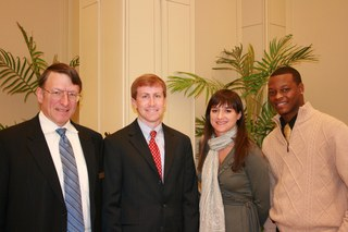 Award Ceremony Recognizes Outstanding Honors Students