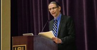 David Finkel Gives Address at Honors Convocation
