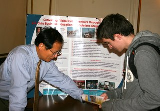 Honors College Study Abroad Fair Showcases Summer Programs